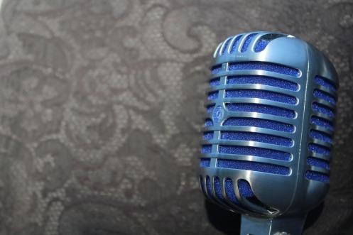 mic-2345163_960_720